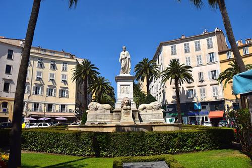Statue de Napoléon à Ajaccion