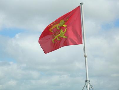 Drapeau de Normandie à Caen