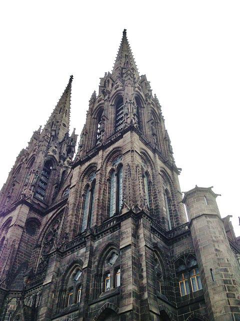 Cathédrale à Clermont-Ferrand