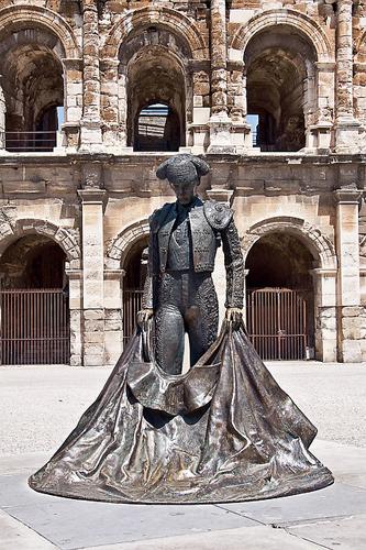 Ville de Nîmes dans le Lauguedoc-Roussillon
